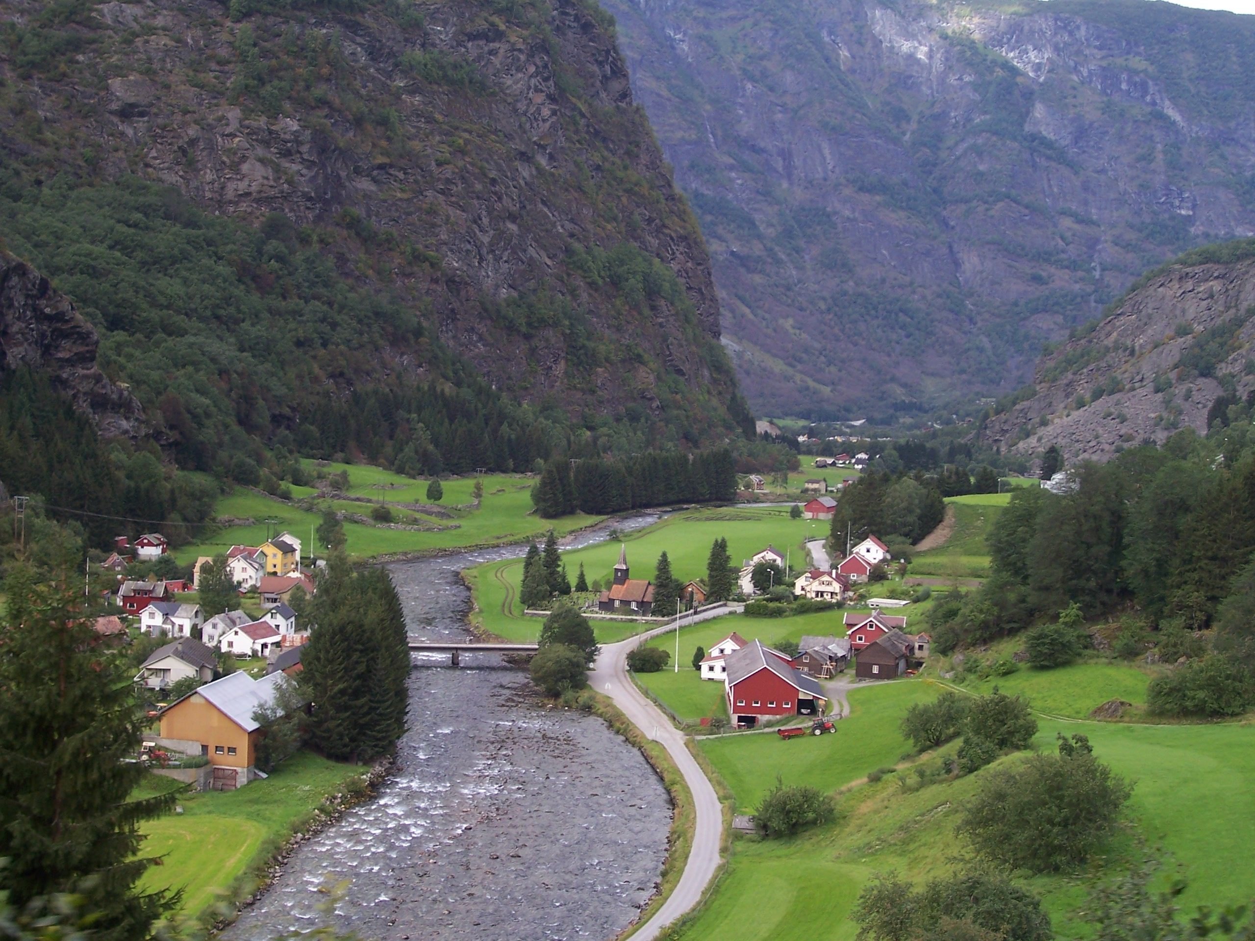 Why Norway Tours outrank other European countries tour?